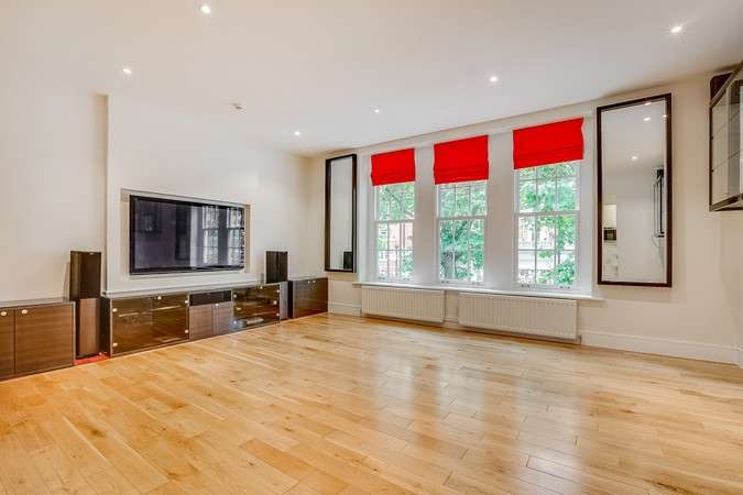 3 Bedrooms Flat for sale in Chiswick High Road, Chiswick