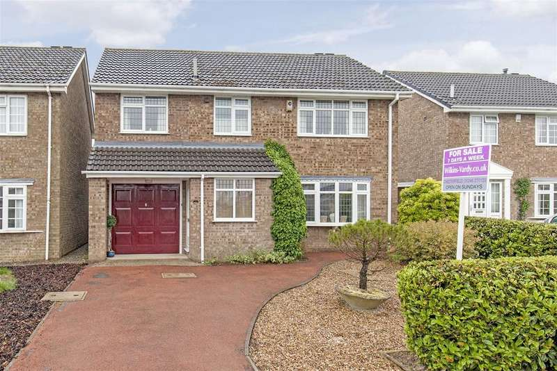 4 Bedrooms Detached House for sale in Arklow Close, Hasland, Chesterfield