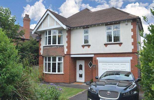 4 Bedrooms Detached House for sale in Burton Road, Derby, DE23