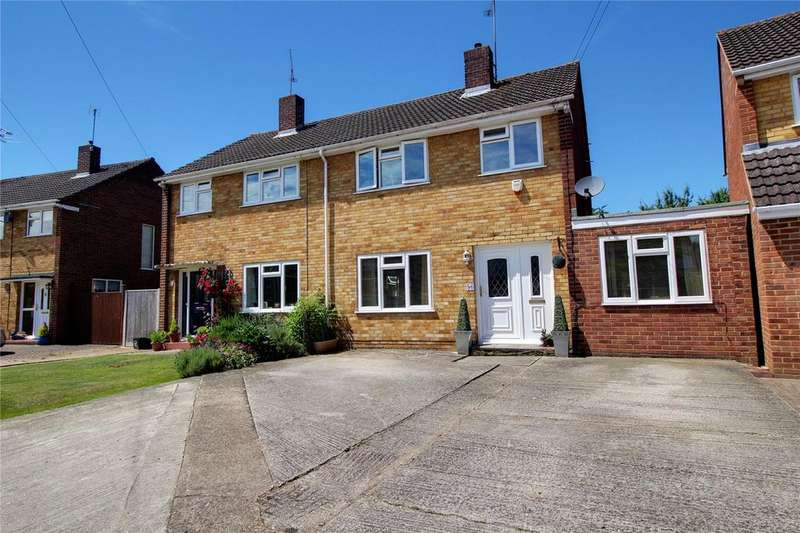 4 Bedrooms Semi Detached House for sale in Rochester Avenue, Woodley, Reading, Berkshire, RG5