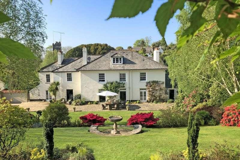 6 Bedrooms Detached House for sale in Harpford, East Devon, Torquay, EX10