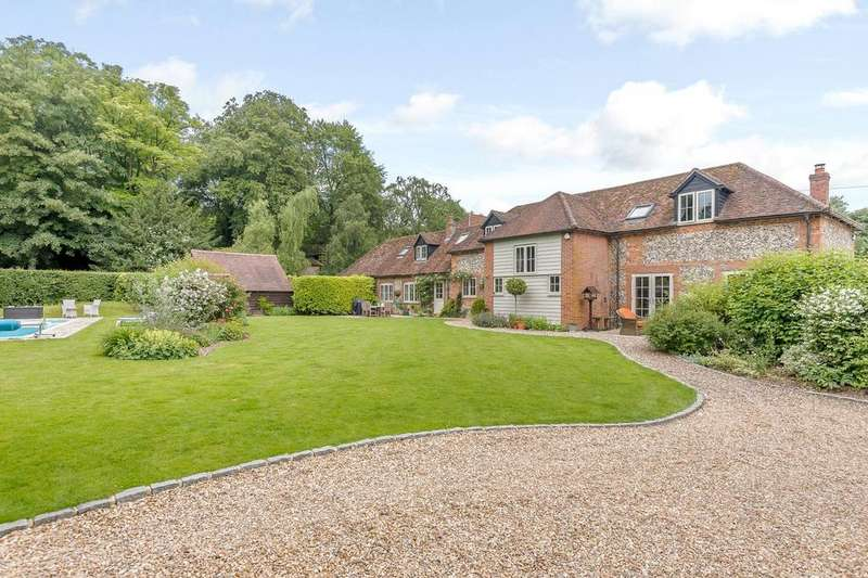 5 Bedrooms Barn Conversion Character Property for sale in Rectory Road, Streatley, Reading