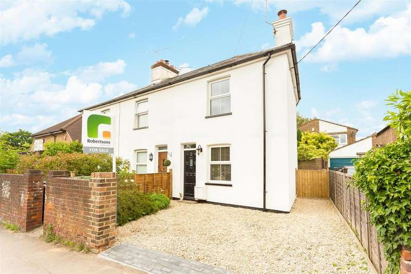 2 Bedrooms Semi Detached House for sale in Heath End Road, Flackwell Heath