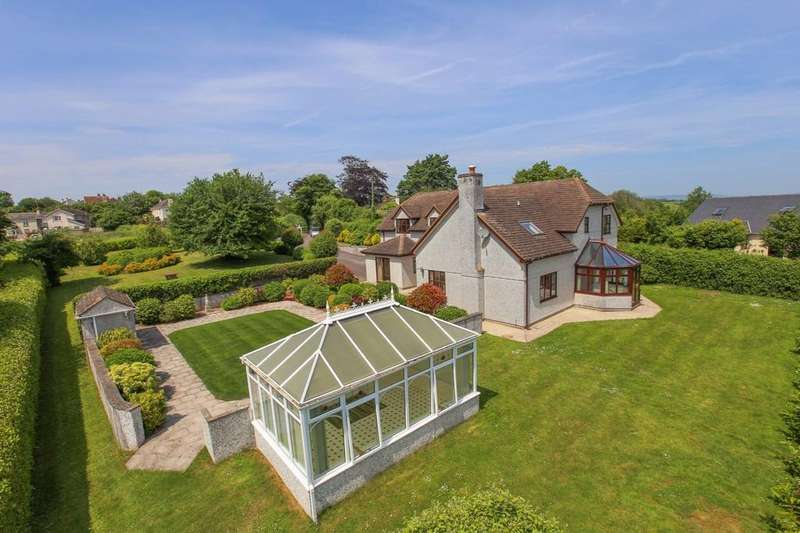 4 Bedrooms Detached House for sale in Kingskerswell, Newton Abbot