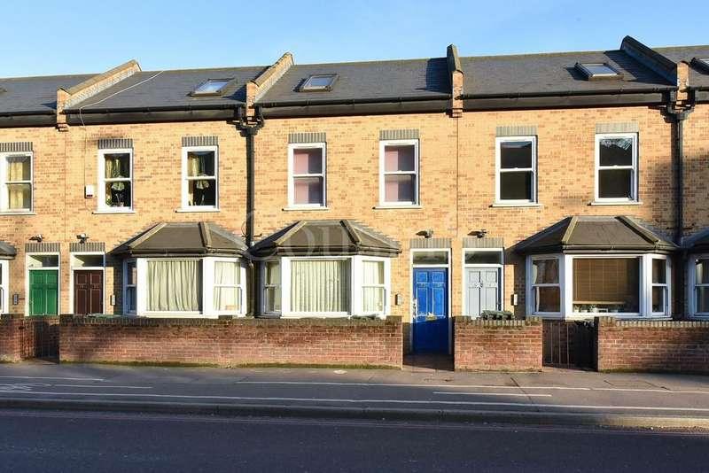 1 Bedroom Ground Flat for sale in Esin Court, Broad Lane, London, N15