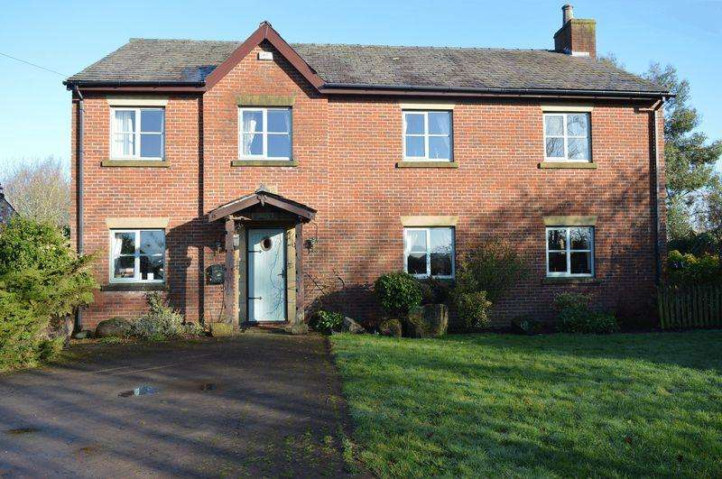 4 Bedrooms Detached House for sale in Hawthorne House, Lowton, WA3 1AL