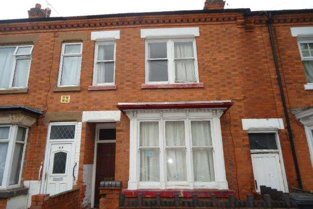 3 Bedrooms Terraced House for sale in Barclay Street, Off Narborough Road, Leicester, LE3