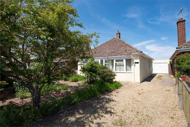 3 Bedrooms Detached Bungalow for sale in Eastwood Road, Boston, Lincolnshire