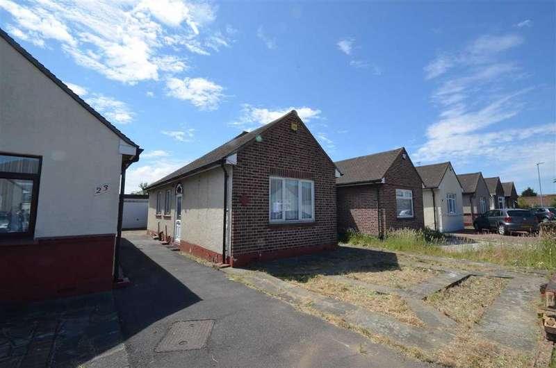 2 Bedrooms Bungalow for sale in Purland Close, Dagenham