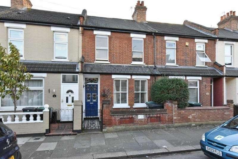 3 Bedrooms Terraced House for sale in Rosebery Avenue, London, N17