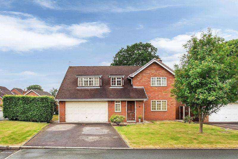 5 Bedrooms Detached House for sale in Blackshaw Close, Congleton
