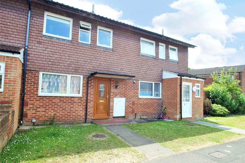 3 Bedrooms Terraced House for sale in Durham Road, Owlsmoor, Sandhurst, Berkshire, GU47