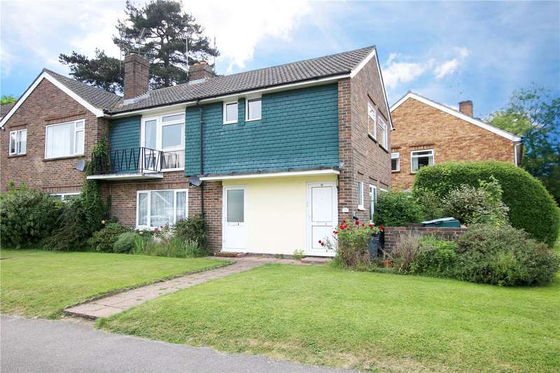 2 Bedrooms Maisonette Flat for sale in Hermitage Drive, Twyford, Reading, Berkshire, RG10