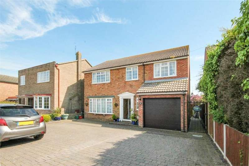 4 Bedrooms Detached House for sale in Kirby Road, WALTON ON THE NAZE