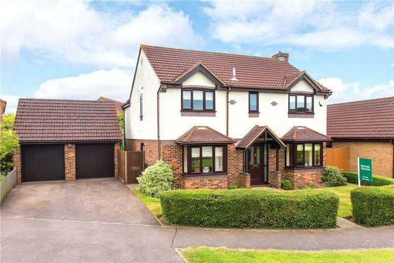 5 Bedrooms Detached House for sale in Lavenham Drive, Biddenham, Bedfordshire