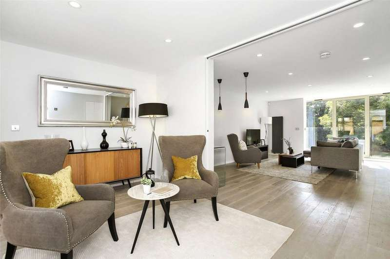 3 Bedrooms Terraced House for sale in Rotherhithe Street, London