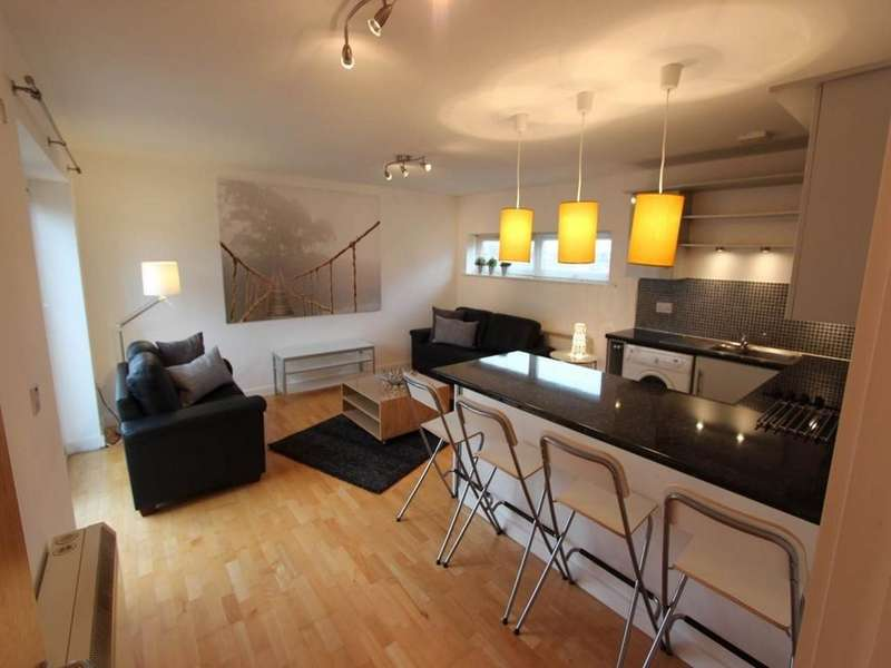 2 Bedrooms Apartment Flat for sale in Rook Street, Hulme