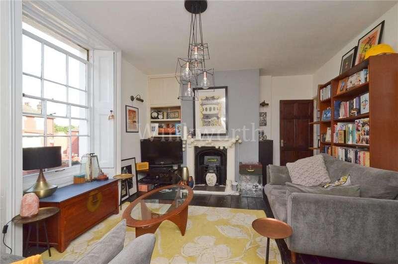 2 Bedrooms Flat for sale in Cedar Place, Bruce Grove, London, N17