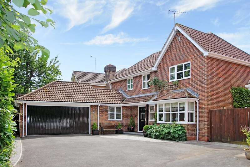 4 Bedrooms Detached House for sale in THE LIBERTY, DENMEAD