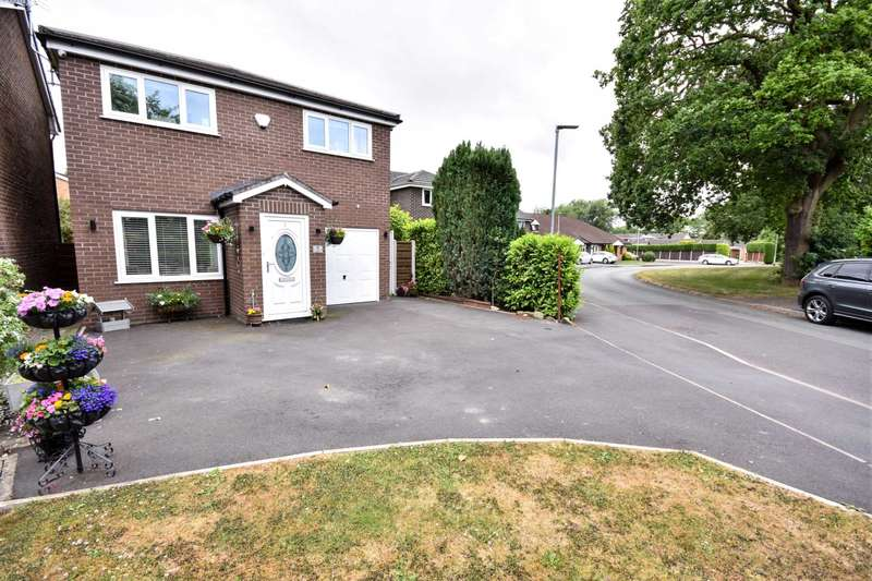 4 Bedrooms Detached House for sale in EASBY CLOSE, POYNTON