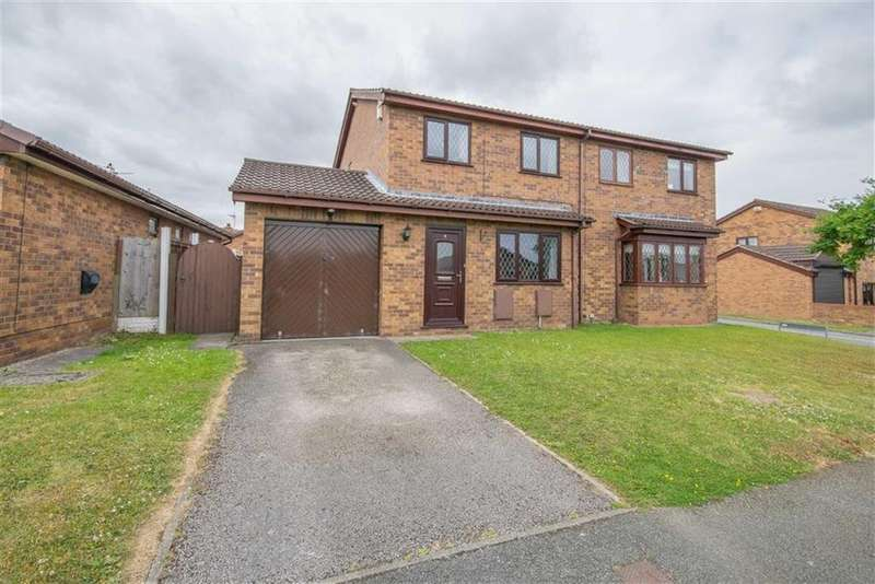 3 Bedrooms Semi Detached House for sale in Holly Grange, Connah's Quay, Deeside