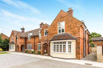 2 Bedrooms Flat for sale in Seymour Road, Southampton