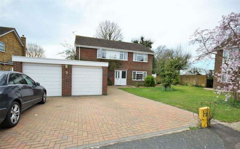 5 Bedrooms Detached House for sale in Orpen Close, West Bergholt, Colchester, Essex