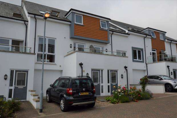 3 Bedrooms Terraced House for sale in Moorhaven Close, Torquay, Devon