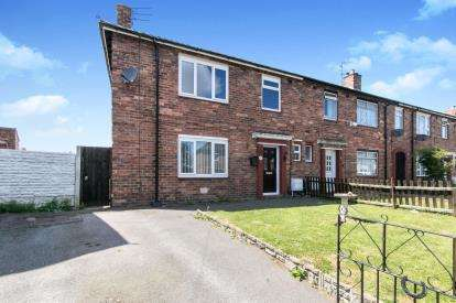 3 Bedrooms Semi Detached House for sale in Newnham Drive, Ellesmere Port, Cheshire, CH65