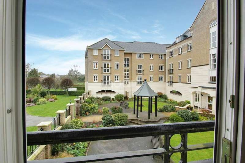 2 Bedrooms Flat for sale in Cavendish Court, Eaton Ford