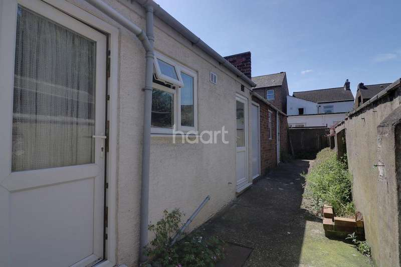 3 Bedrooms Semi Detached House for sale in Western Street, Bedford