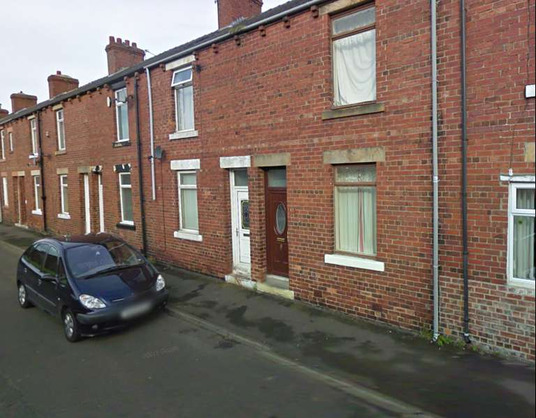2 Bedrooms Property for sale in Mulberry Terrace, Stanley, Durham, DH9 7JH