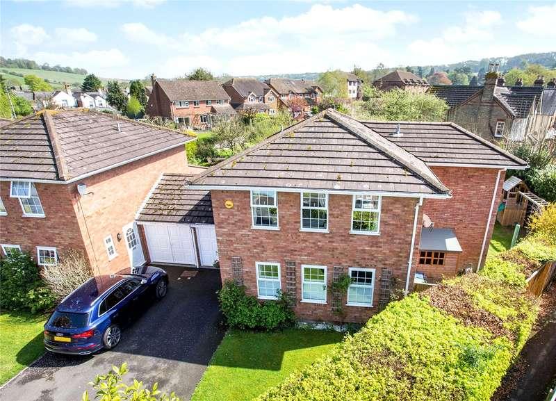 4 Bedrooms Detached House for sale in Millside, Bourne End, Buckinghamshire, SL8