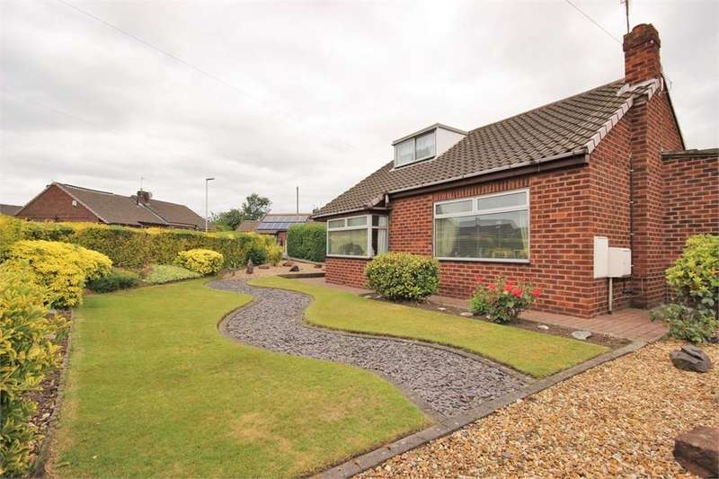 2 Bedrooms Detached Bungalow for sale in Elkan Close, WIDNES, Cheshire