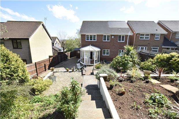 4 Bedrooms Detached House for sale in Glastonbury Close, Barrs Court, BS30 7HE