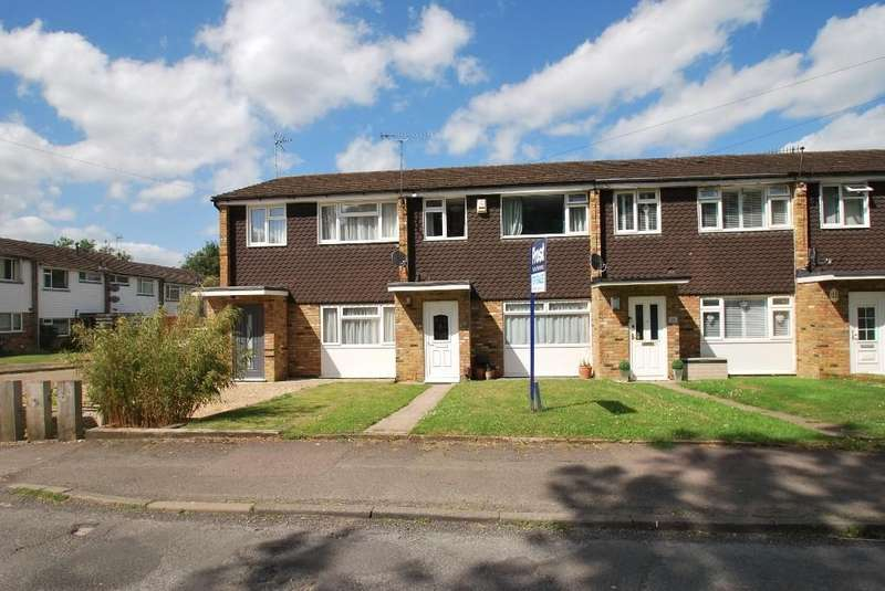 3 Bedrooms Terraced House for sale in Cresswell Road, Chesham, HP5