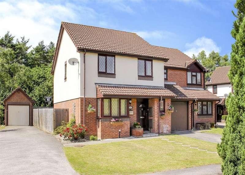 4 Bedrooms Semi Detached House for sale in Fawler Mead, The Warren, Bracknell, Berkshire, RG12