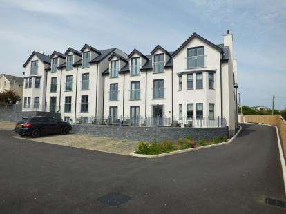 2 Bedrooms House for sale in Bay View Apartments, Beach Road, Benllech, Anglesey, LL74
