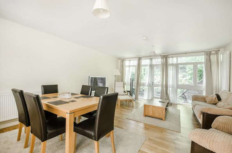 3 Bedrooms Terraced House for sale in Dartmouth Road, Forest Hill, SE26