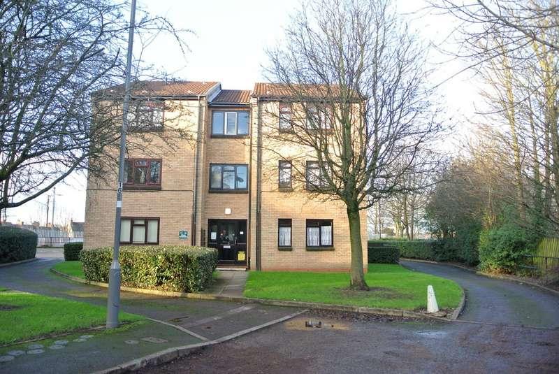 1 Bedroom Studio Flat for sale in Swan Gardens, Erdington B23