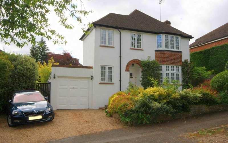 3 Bedrooms Detached House for sale in ATTRACTIVE 3 DOUBLE BEDROOM BAY FRONTED CHARACTER HOME IN KINGS LANGLEY