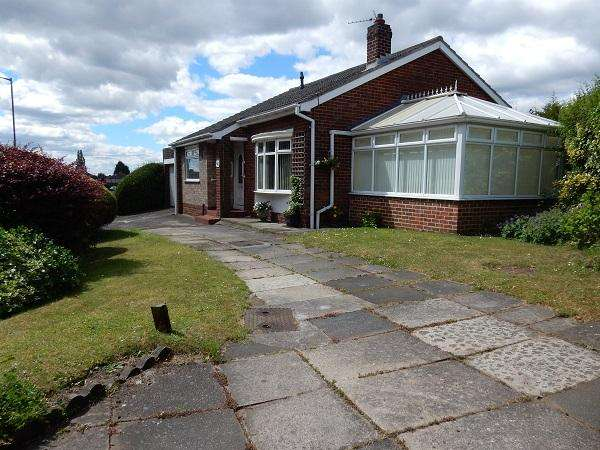 3 Bedrooms Detached Bungalow for sale in Darlington Lane, Norton, Stockton on Tees TS20