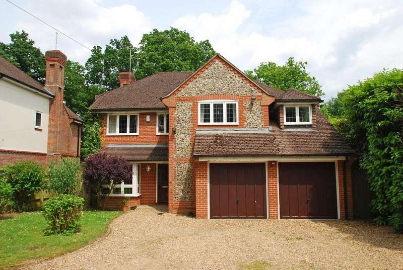 5 Bedrooms Detached House for sale in St John's Road, Penn, HP10