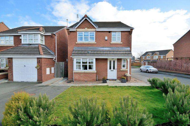 3 Bedrooms Detached House for sale in 61 Pennsylvania Road