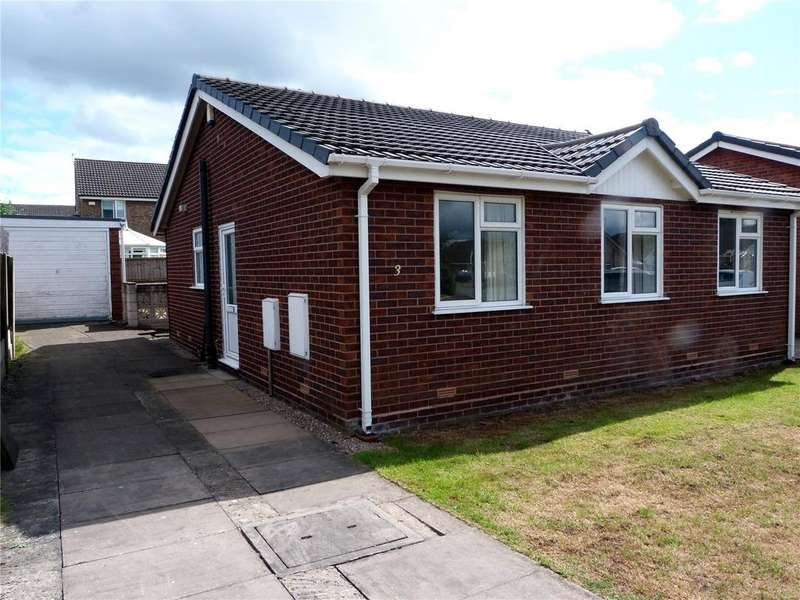 3 Bedrooms Detached Bungalow for sale in Bude Close, Crewe, Cheshire, CW1