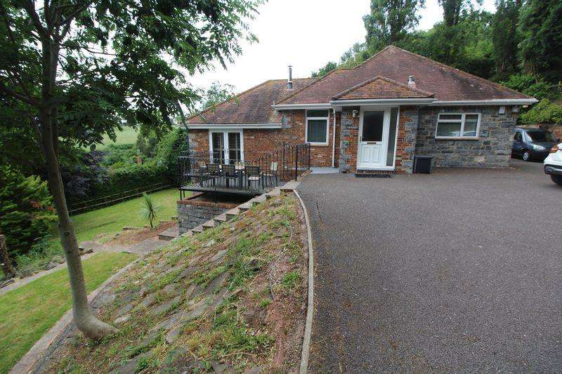 4 Bedrooms Bungalow for sale in Little Johns Cross Hill, Exeter