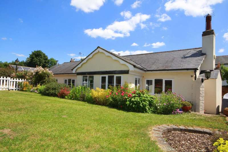 3 Bedrooms Bungalow for sale in 3 BED DETACHED BUNGALOW, PRIVATE SEMI RURAL LOCATION, HP1