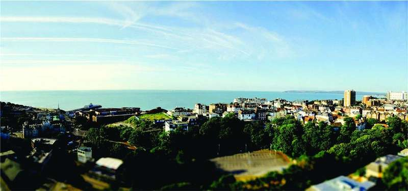 2 Bedrooms Apartment Flat for sale in Terrace Mount Residences, Terrace Road, Bournemouth, Dorset, BH2