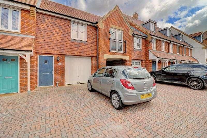1 Bedroom Property for sale in Lundy Walk, Hailsham