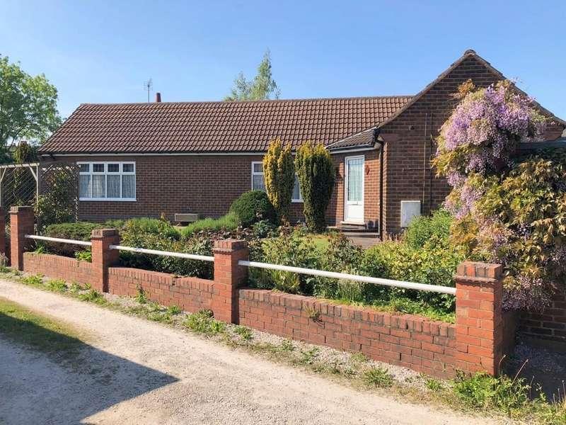 2 Bedrooms Detached Bungalow for sale in Richardsons Lane Off Newlands Road, Riddings, Alfreton